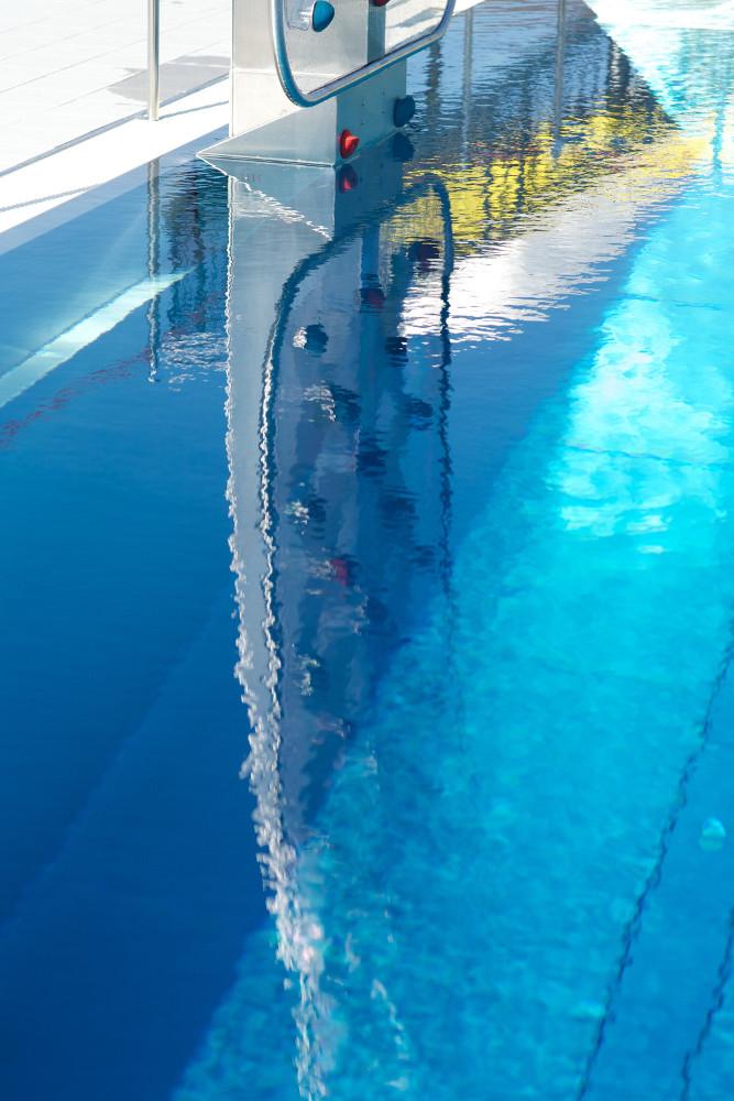 WATERCLIMBING Schwimmbadattraktion